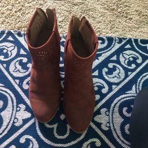 Qupid Maroon Booties